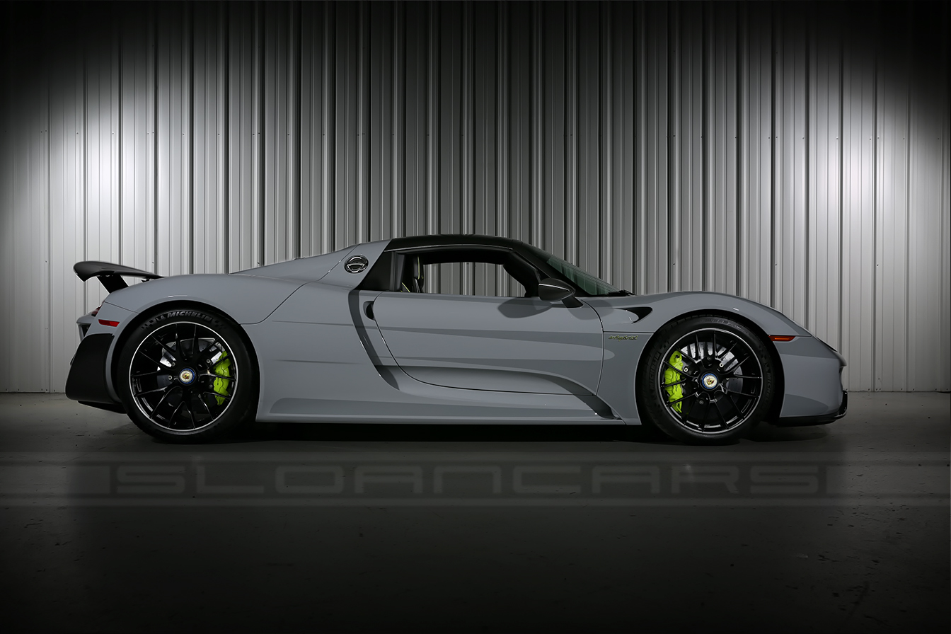 porsche 918 spyder modified world s first modified. Black Bedroom Furniture Sets. Home Design Ideas